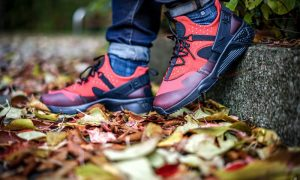 nike-air-huarache-utility-red-4-1000x600