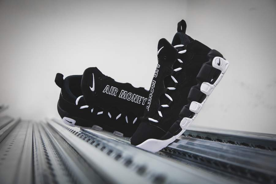 AJ2998-001 ナイキエアモアマネーブラック/ホワイト-NIKE AIR MORE MONEY Black/White