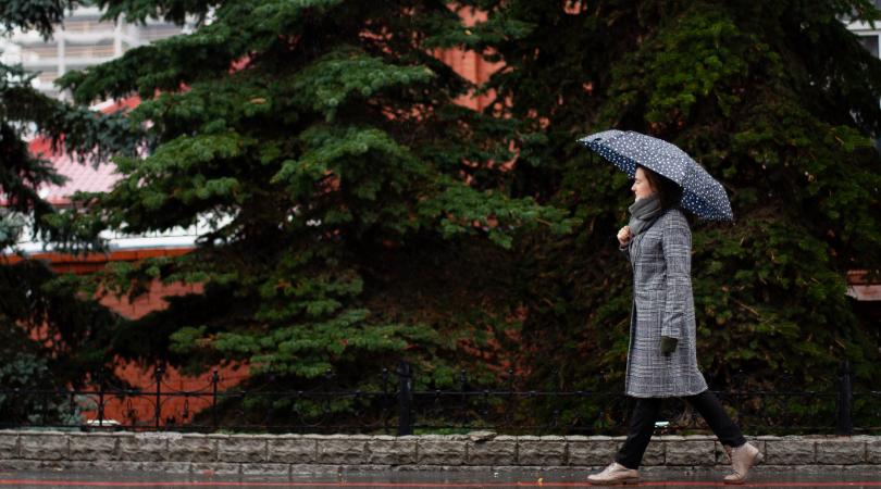 スニーカー 雨の日対策